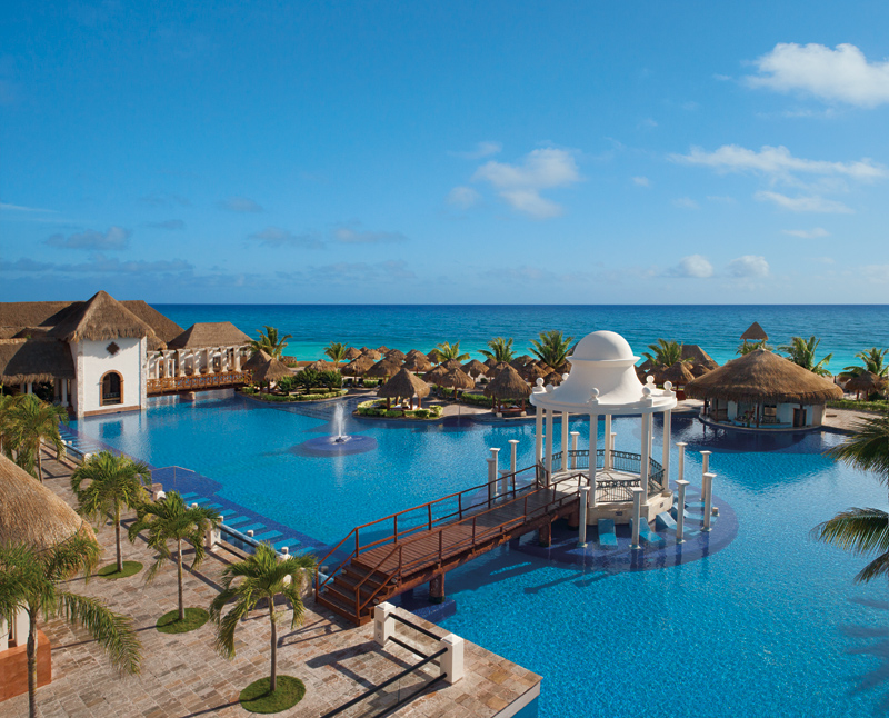 Main pool Now Sapphire Riviera Cancun