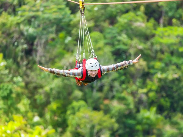 Costa Rica family travel, family adventure travel, family zip line